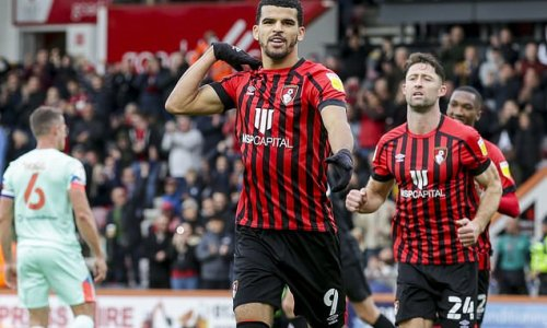 Bournemouth 3-0 Huddersfield: Solanke and Lloyd Kelly secure victory