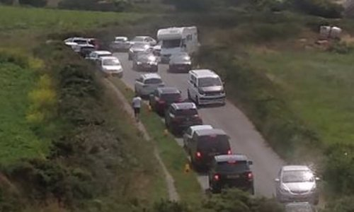 Locals turn on tourists after campervan driver ignores parking cones