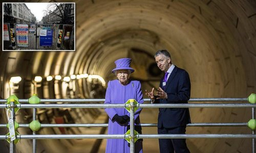 Delays for £20bn Elizabeth Line at it is pushed back to May 2022