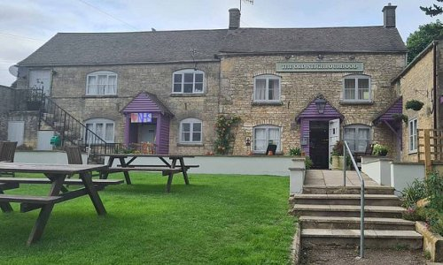 Pub bans under 21s after youngsters kept ignoring Covid rules
