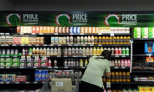 Woolworths demands ALL 170,000 of its Aussie workers get Covid jab