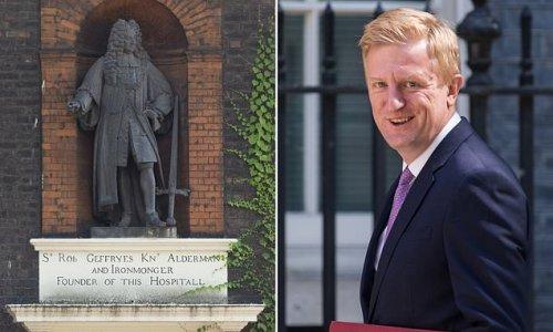 Government blocks museum's bid to pull down statue