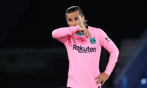 Barcelona 'to sell Antoine Griezmann if the right offer comes along'