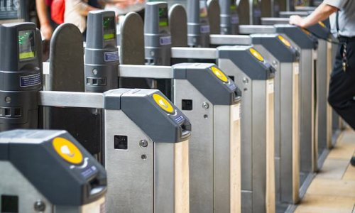 Train fares will be frozen until March... before soaring by 2.6%