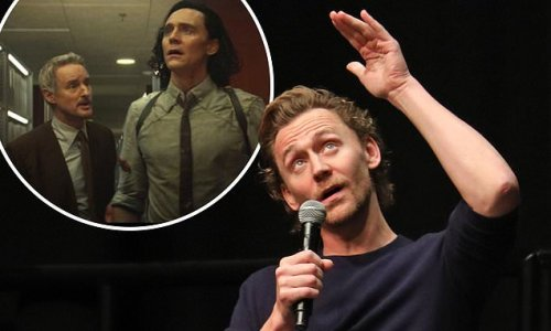 Tom Hiddleston confirms at Comic Con how season 2 of Loki will begin