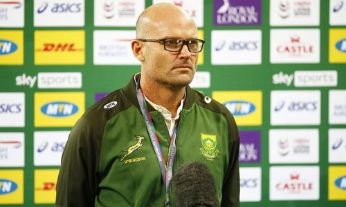 Nienaber insists he should give win bonus to South Africa players