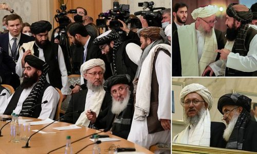 Taliban leaders are welcomed in Moscow for discussions on Afghanistan