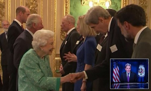 'I saw you on the telly!' Queen recognises John Kerry