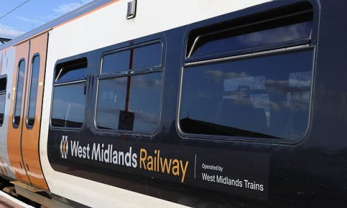 Rail firm trick staff with fake bonus email to test IT security
