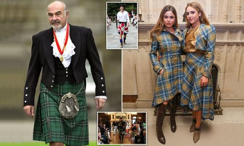 Sean Connery's granddaughters at fashion show in New York