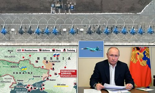 Russian fighter-bombers await their orders from the Kremlin