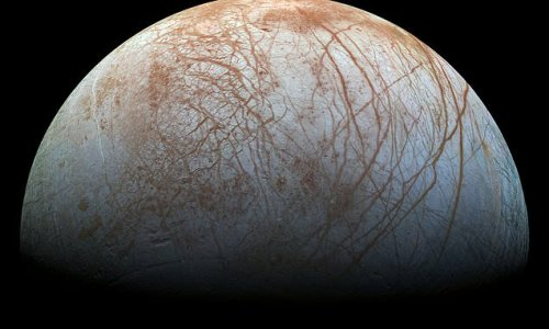 SpaceX awarded a $178M contract for NASA's mission to Jupiter's moon