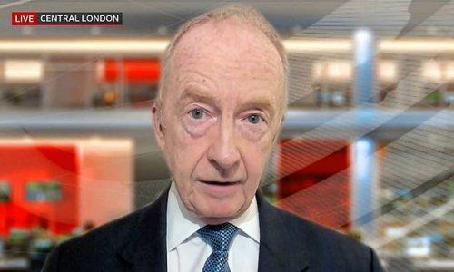 Public backlash against BBC man over Buckingham Palace comment