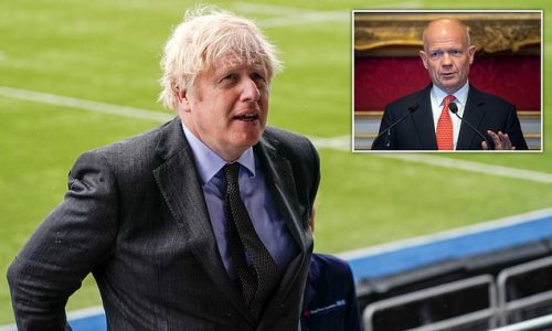 William Hague warns planning row could be Boris's 'poll tax moment'