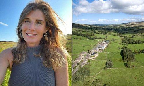 Yorkshire Shepherdess Amanda Owen has hundreds visit farm each day