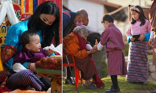 King and Queen of Bhutan meet with the citizens of the Mongar Dzong