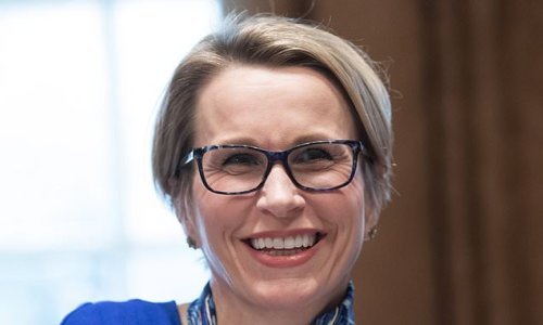 GlaxoSmithKline boss Emma Walmsley 'needs ten years in job'