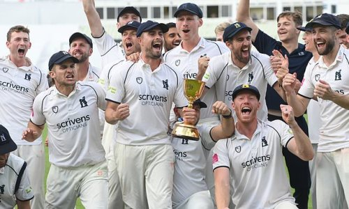 Warwickshire clinch first County Championship title in nine years