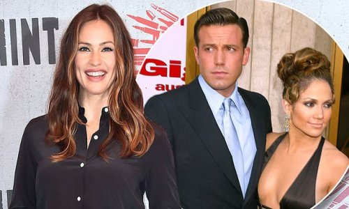 Jennifer Garner is focusing on kids' as Ben Affleck romances J.Lo