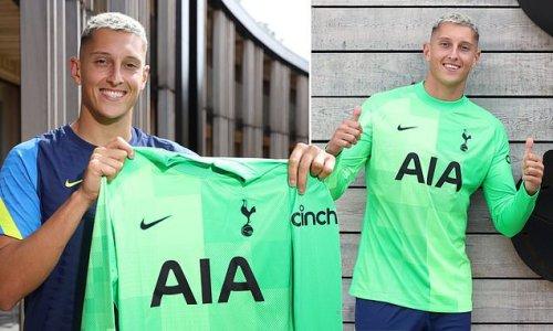 Tottenham complete loan signing of Atalanta goalkeeper Gollini