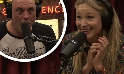 Jewel shocks Joe Rogan with story about her grandmother in Alaska