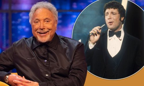 Tom Jones earns a UK number one album at the age of 80