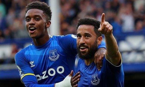 Townsend steps up as Everton dream of European football
