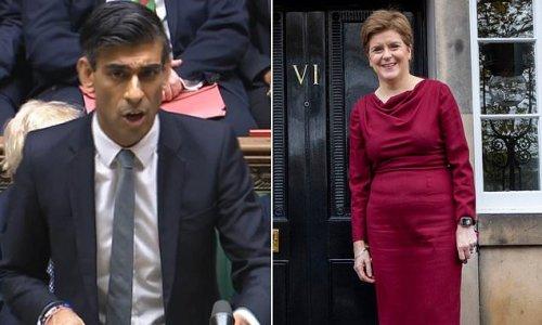 Rishi Sunak fronts up to Nicola Sturgeon's independencen Ireland