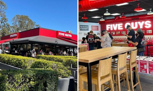 Huge lines at Five Guys as it opens first ever restaurant in Australia