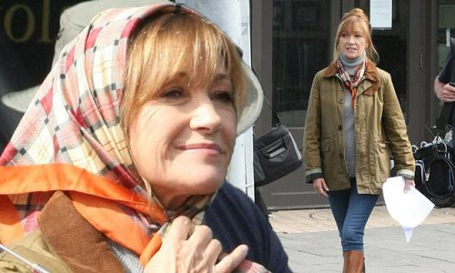 Jane Seymour, 70, arrives on set of Harry Wild without crutches