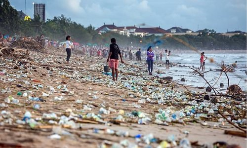 Just 20 firms produce 55% of the world's plastic waste, report reveals
