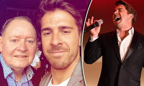 Hugh Sheridan shares heartbreaking footage from father Denis' funeral