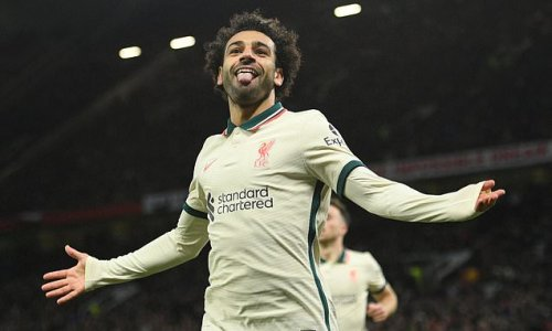 Liverpool 'to give Salah a signing-on fee to make him highest earner'