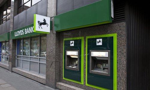 Lloyds brings back dividends for shareholders