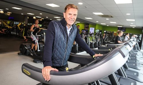 Dragon Duncan Bannatyne rejects £250m for his fitness group