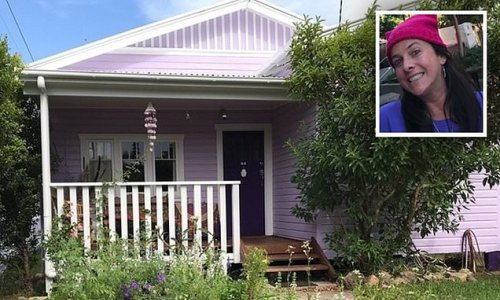 Byron Bay local ordered to repaint her lilac coloured home