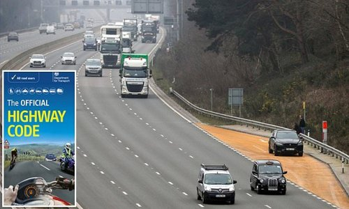 Highway Code to finally include section on smart motorways