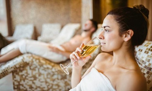 Many luxury hotels in Britain fully booked until autumn