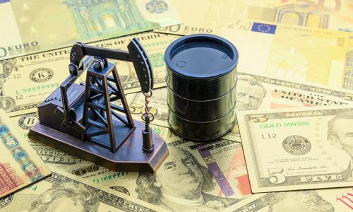 Oil prices hit three-year high as recovery boosts demand