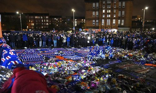 Rangers fans gather outside Ibrox to pay tribute to Walter Smith