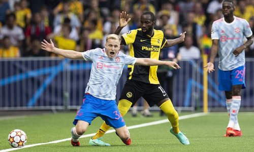 Van de Beek 'running out of time to save his Manchester United career'
