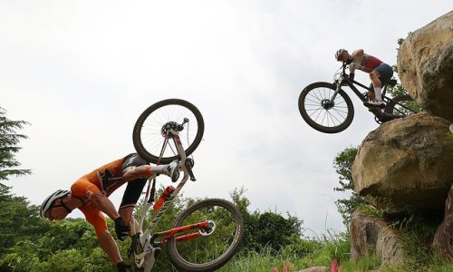 Mathieu van der Poel crashes out of Olympic Games mountain bike race