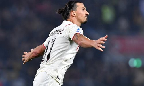 Zlatan Ibrahimovic scores as AC Milan go top of Serie A with 4-2 win