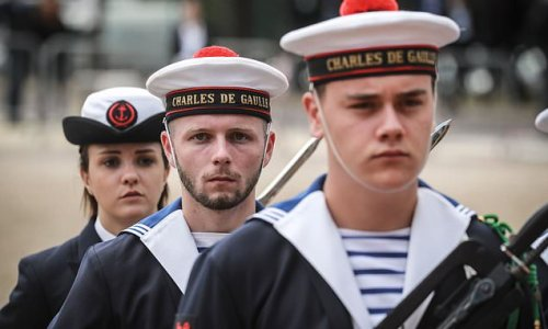 French Navy to sell its clothing as a brand for the first time