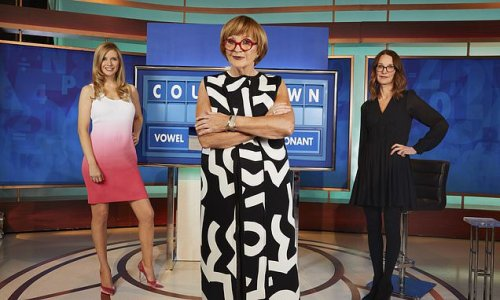 Anne Robinson poses on Countdown set with Rachel Riley and Susie Dent