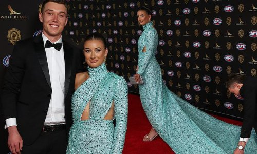 Brownlow Medal 2021: Patrick Cripps and Monique Fontana arrive