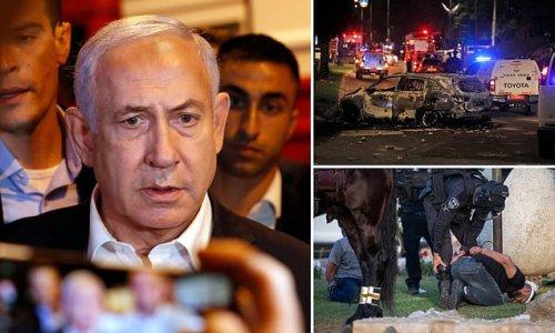 Benjamin Netanyahu declares a state of emergency in Lod