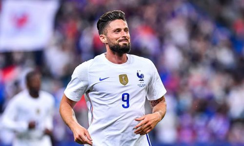 Giroud insists he has NO plans to call time on international career