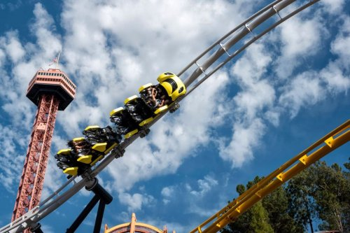 California theme parks can allow out-of-state visitors, according to new state guidelines