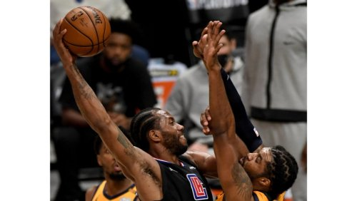 Alexander: Clippers' Kawhi Leonard rises to occasion to even series with Jazz